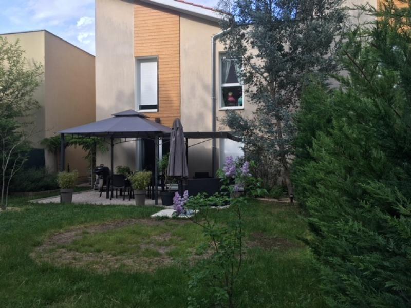 Sale house / villa Bourgoin jallieu 245000€ - Picture 1