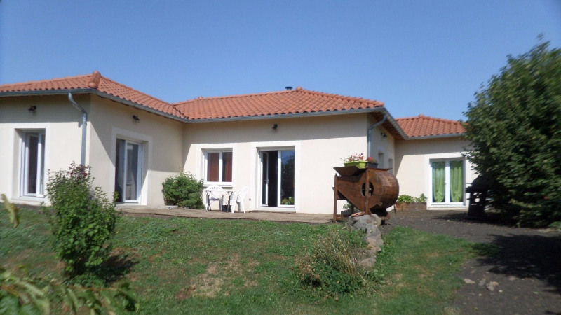 Sale house / villa Alleyrac 263 000€ - Picture 2