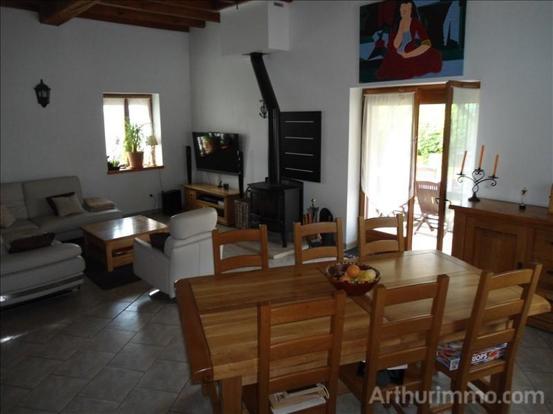 Sale house / villa Feux 141000€ - Picture 5
