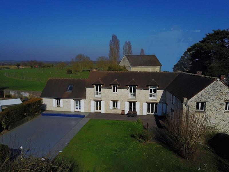 Sale house / villa Houdan 695000€ - Picture 1