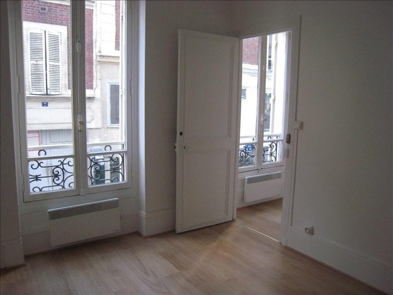 Rental apartment St cloud 840€ CC - Picture 3