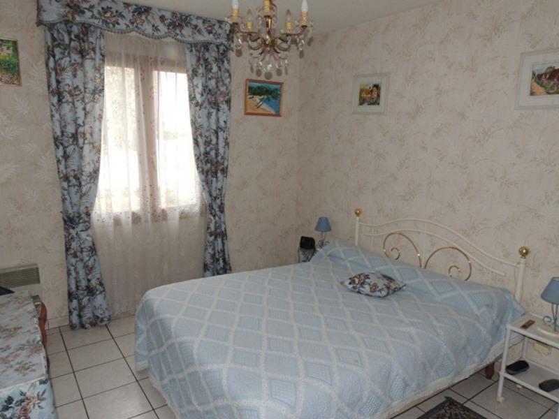 Sale house / villa Royan 230000€ - Picture 3
