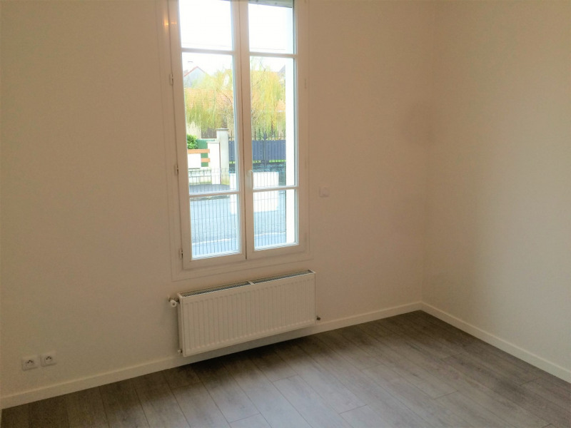 Rental house / villa Montigny-lès-cormeilles 930€ CC - Picture 6