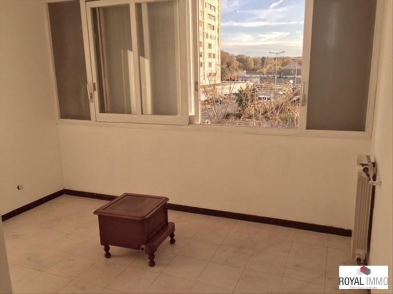 Sale apartment Toulon 235000€ - Picture 3