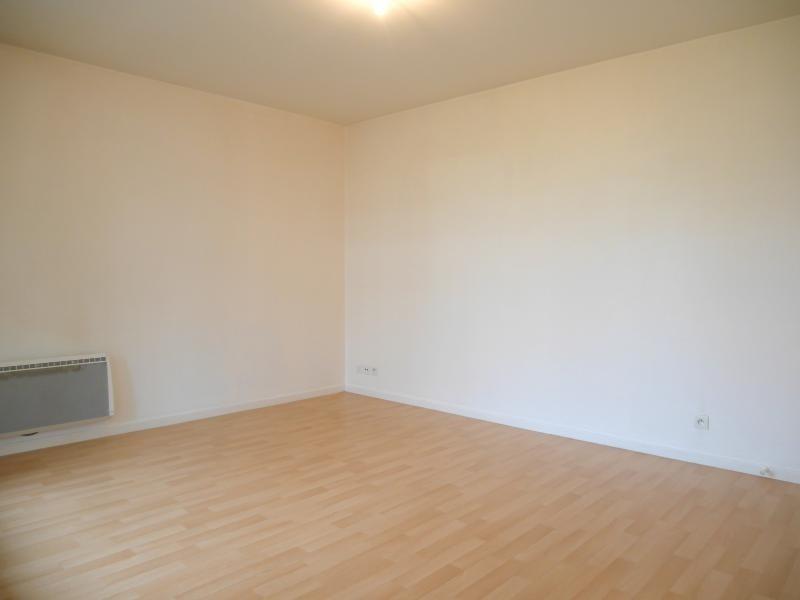 Sale apartment Le rheu 105000€ - Picture 3