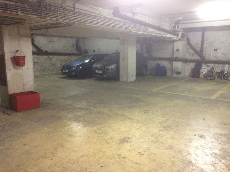 Sale parking spaces Paris 15ème 13 200€ - Picture 3