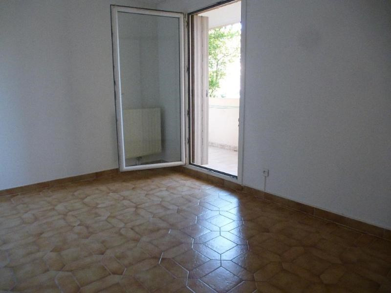 Location appartement Aix en provence 1 257€ CC - Photo 9