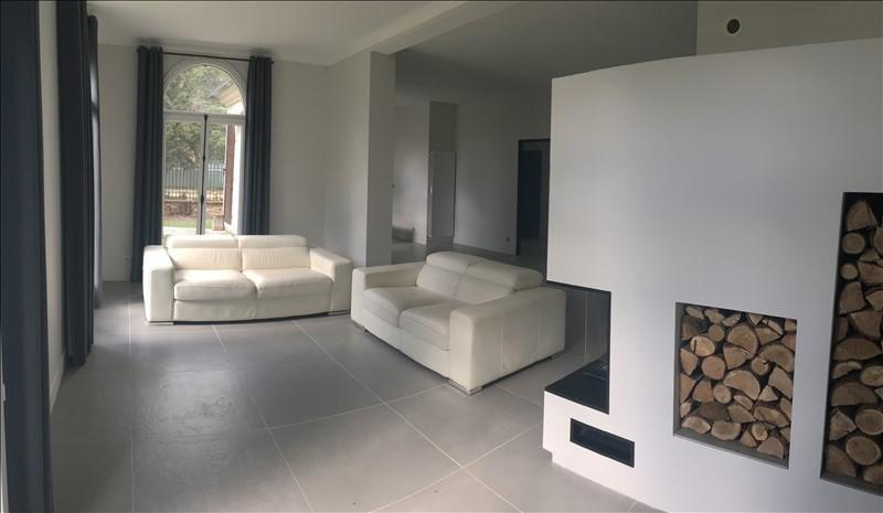 Sale house / villa Villennes sur seine 930000€ - Picture 2
