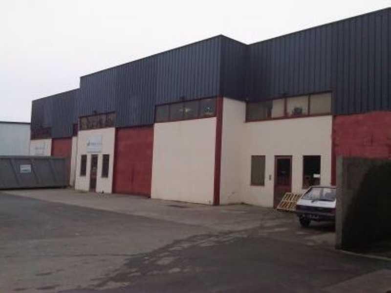 Location Local d'activités / Entrepôt Eysines 0