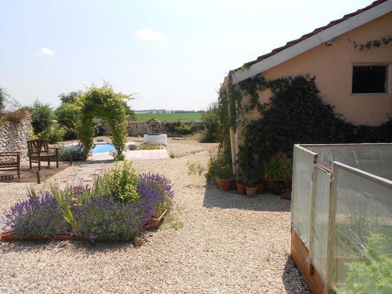 Sale house / villa Aigre 348000€ - Picture 16