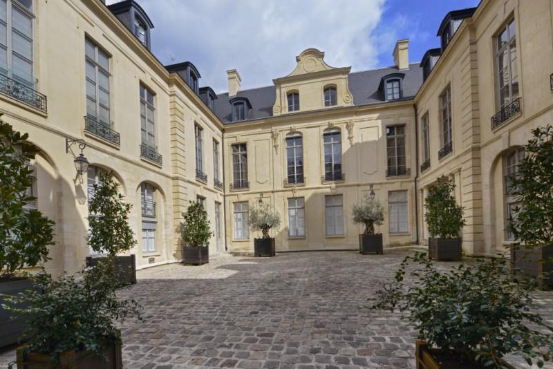Престижная продажа квартирa Paris 3ème 4950000€ - Фото 3