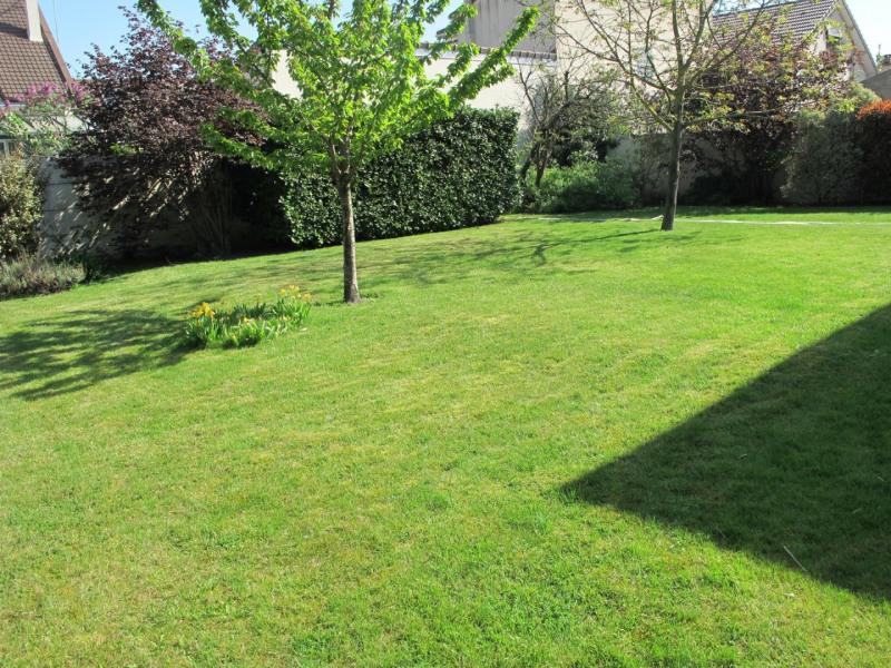 Sale house / villa Villemomble 375000€ - Picture 5