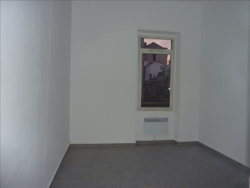 Rental apartment Marseille 6ème 570€ CC - Picture 4