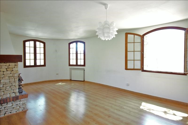 Location appartement Villeneuve les avignon 1 160€ CC - Photo 1