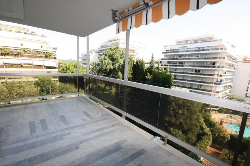 Rental apartment Juan les pins 1 060€ CC - Picture 1