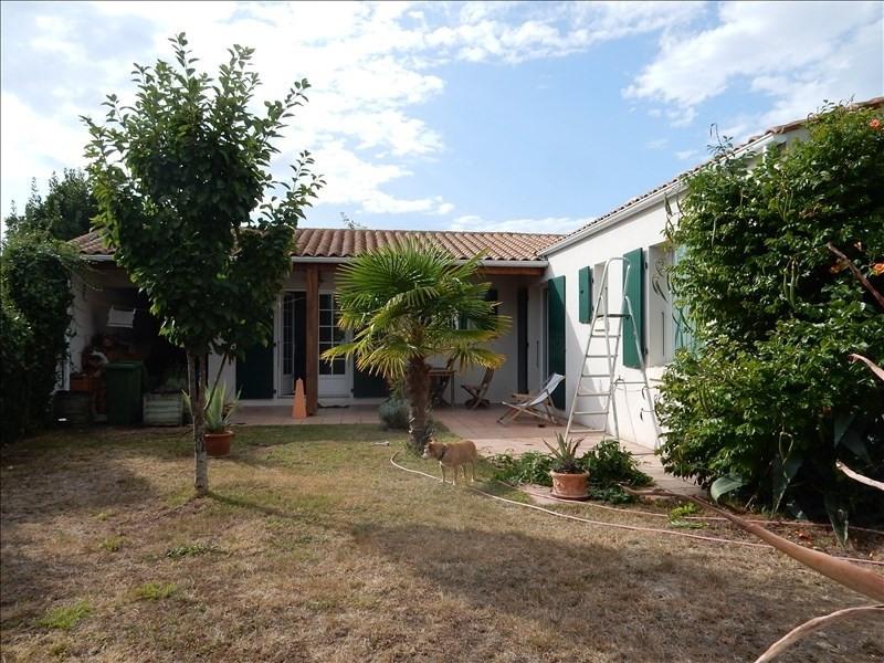 Vente maison / villa Le chateau d oleron 260000€ - Photo 1