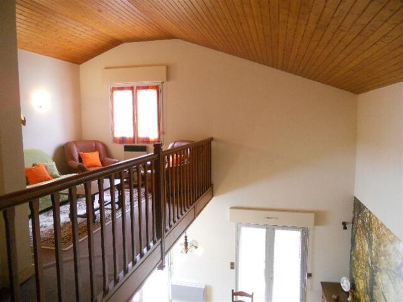 Vacation rental house / villa Vaux-sur-mer 850€ - Picture 10
