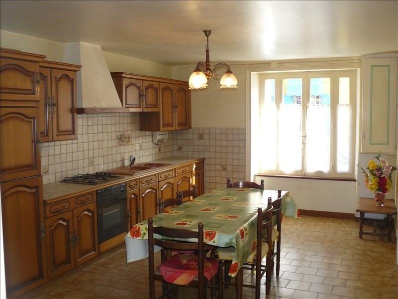 Sale house / villa Josselin 74900€ - Picture 3