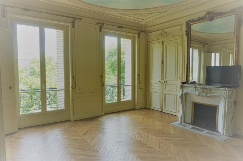 Rental apartment Paris 7ème 4 600€ CC - Picture 2