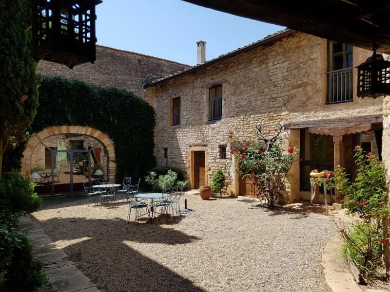 Deluxe sale house / villa Civrieux d azergues 2300000€ - Picture 1