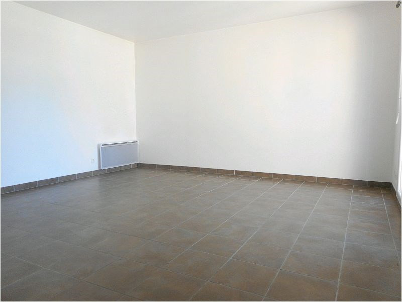 Location appartement Viry-chatillon 621€ CC - Photo 1