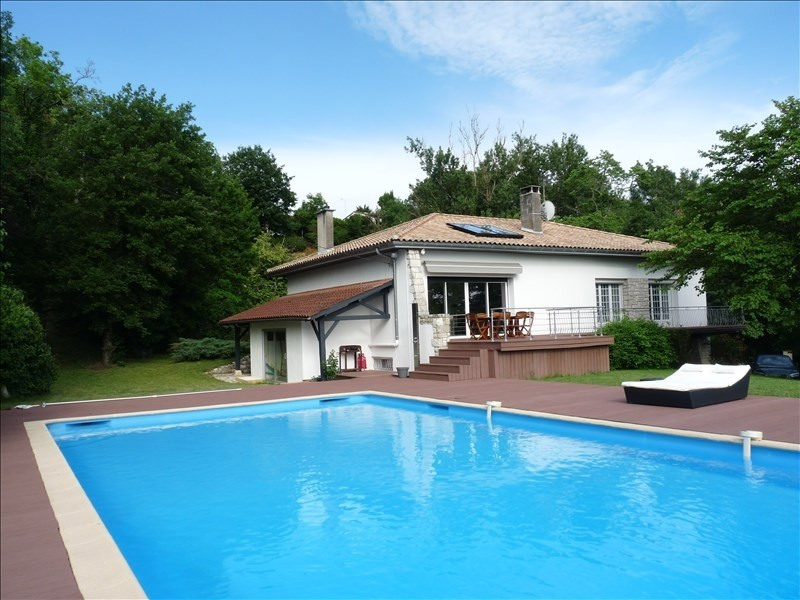 Deluxe sale house / villa Bon encontre 420 000€ - Picture 1