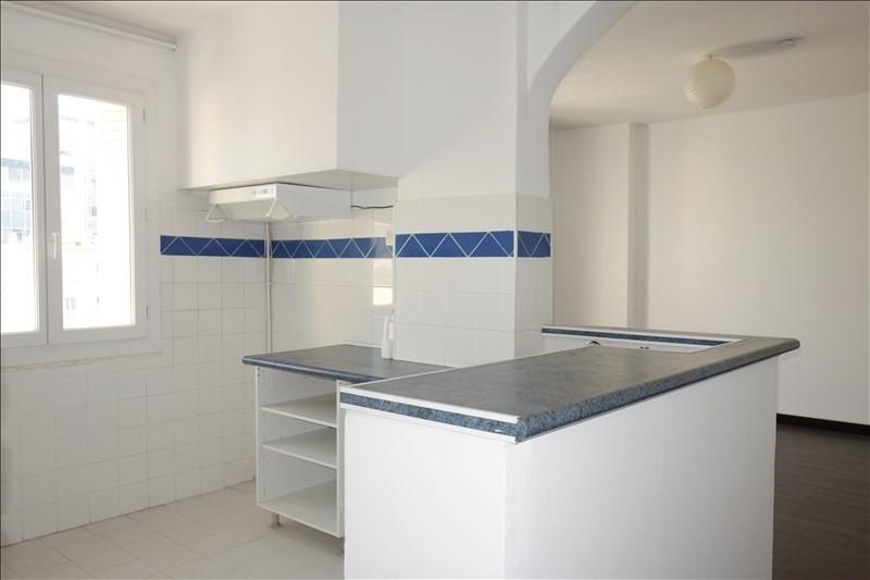 Verhuren  appartement Toulon 595€ CC - Foto 3