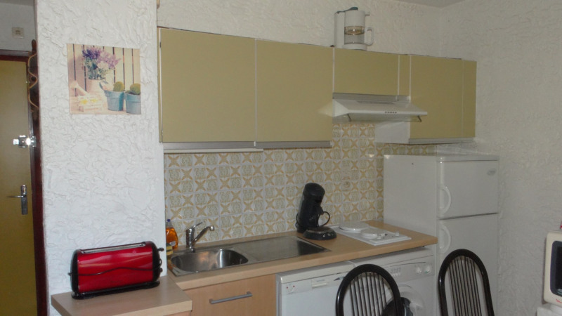 Location vacances appartement Cavalaire 420€ - Photo 4