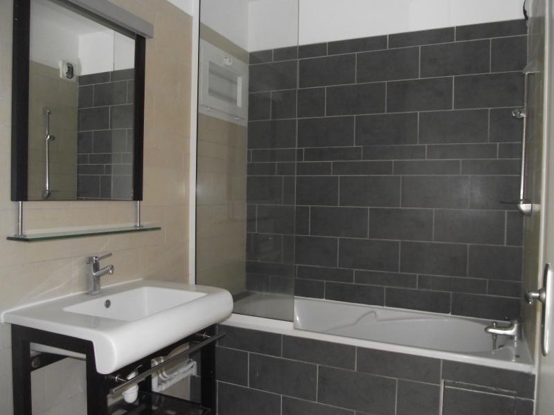 Sale apartment St paul 209851€ - Picture 6