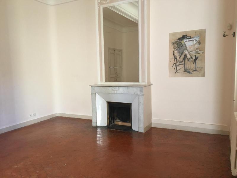 Rental apartment Aix en provence 967€ CC - Picture 1