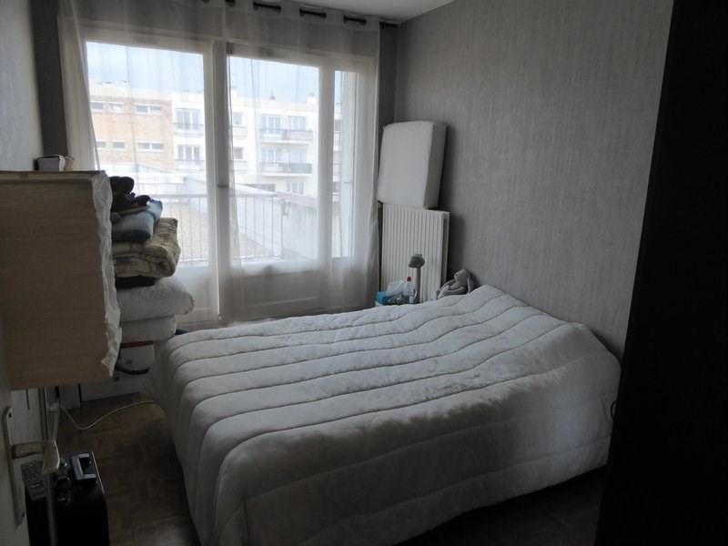 Rental apartment Maurepas 717€ CC - Picture 5