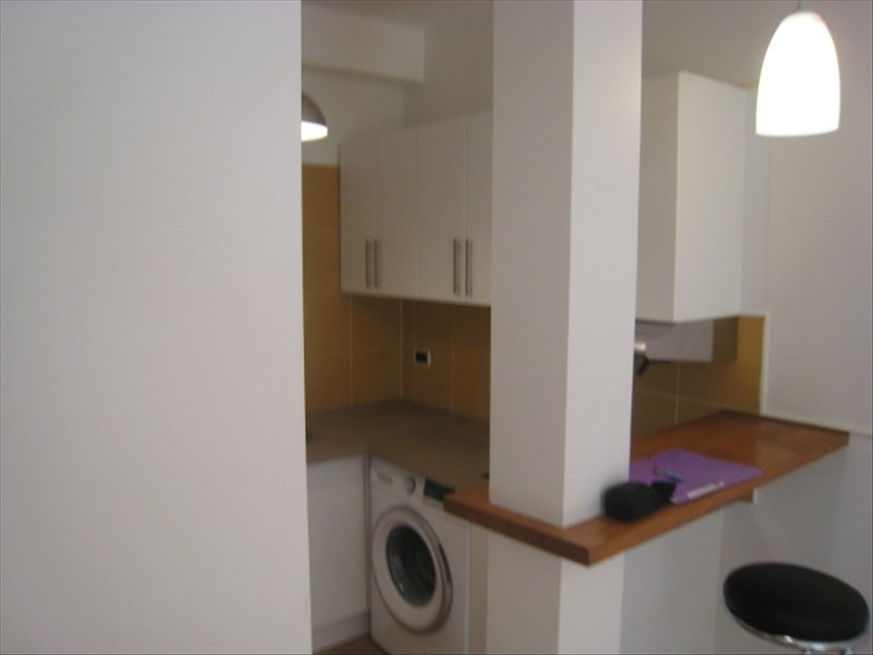 Rental apartment St cloud 766€ CC - Picture 4