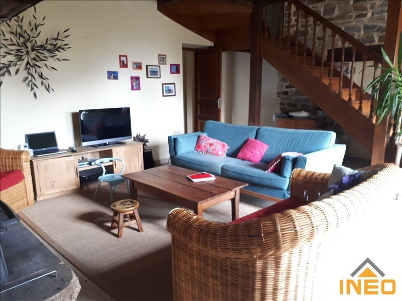 Location maison / villa Melesse 848€ CC - Photo 4