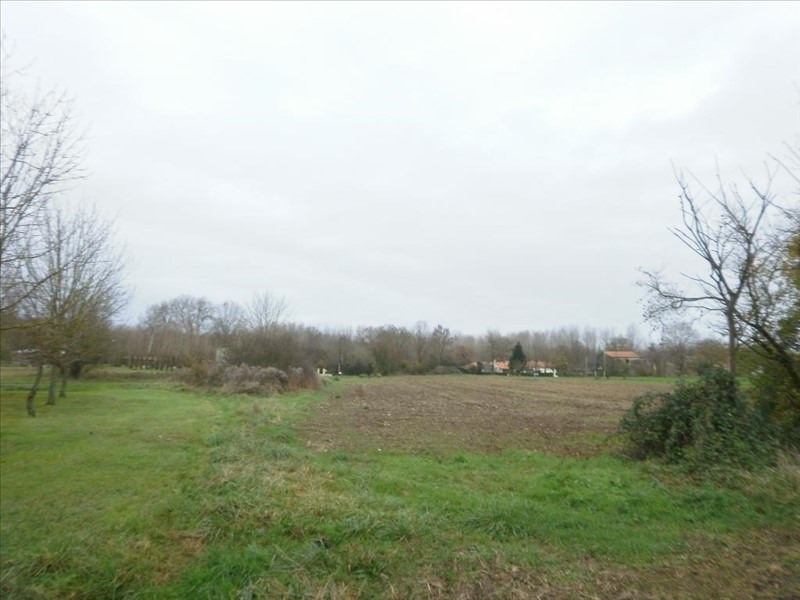 Sale site St jean d angely 16 500€ - Picture 2