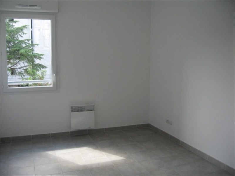 Location appartement Marseille 13ème 834€ CC - Photo 5