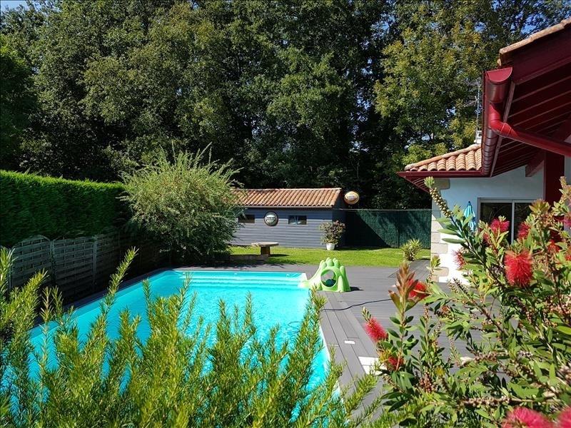Deluxe sale house / villa Ascain 760000€ - Picture 3