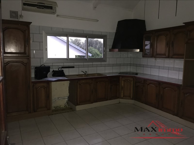 Location maison / villa Saint-louis 1 059€ CC - Photo 2