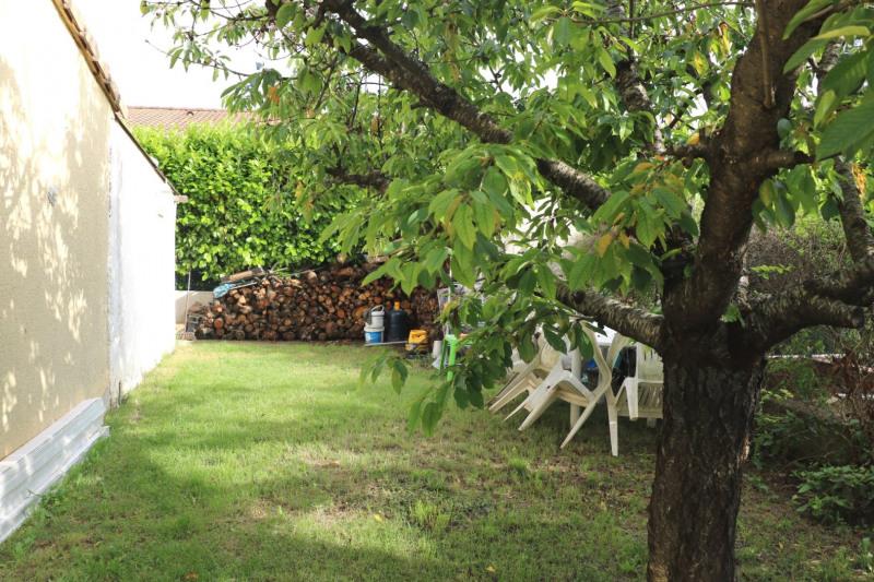 Vente maison / villa Le puy-sainte-réparade 352000€ - Photo 3