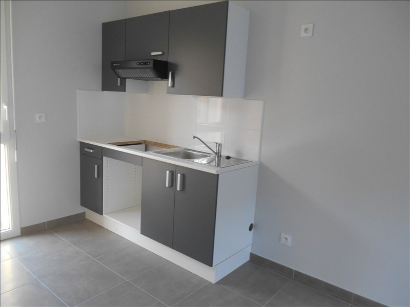 Rental house / villa Troyes 660€ CC - Picture 3
