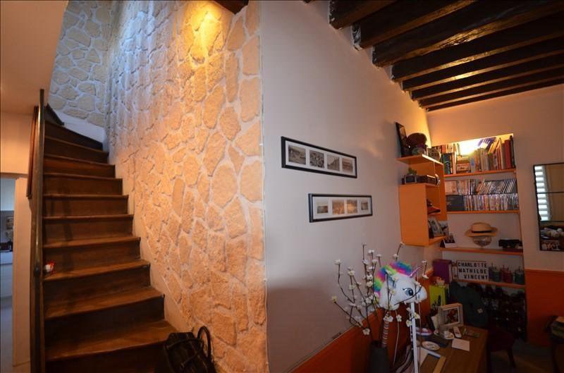 Revenda apartamento Bougival 259000€ - Fotografia 1