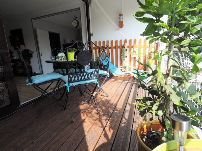 Sale apartment Vaux le penil 280 000€ - Picture 2