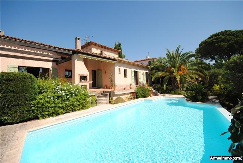 Deluxe sale house / villa St raphael 749000€ - Picture 2