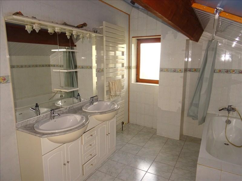 Vente maison / villa St jean de bournay 219900€ - Photo 8
