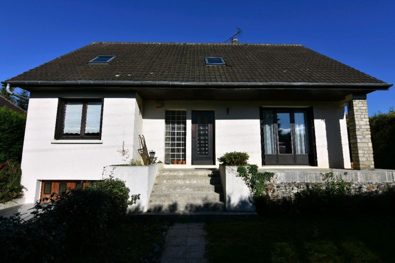 Sale house / villa Neuilly en thelle 218000€ - Picture 1