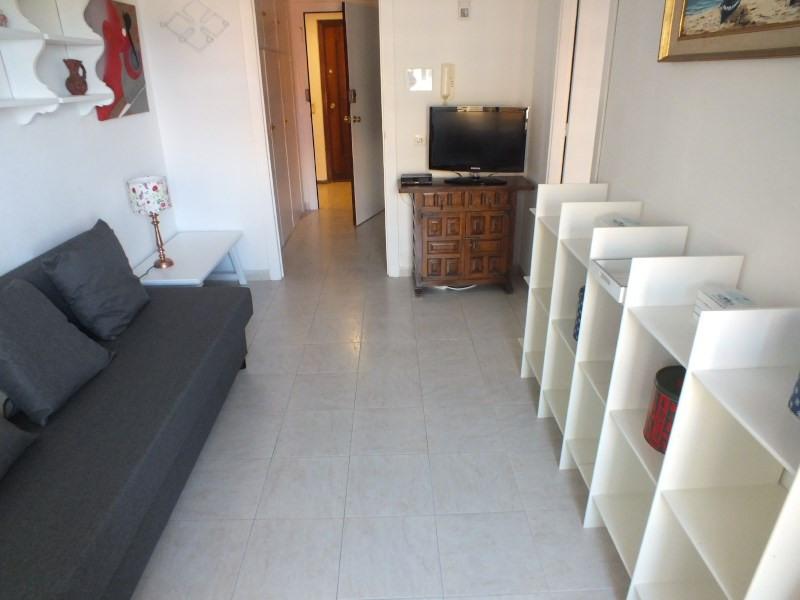 Location vacances appartement Roses santa-margarita 384€ - Photo 9