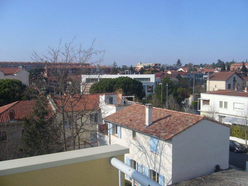 Sale apartment Toulouse 137 500€ - Picture 1