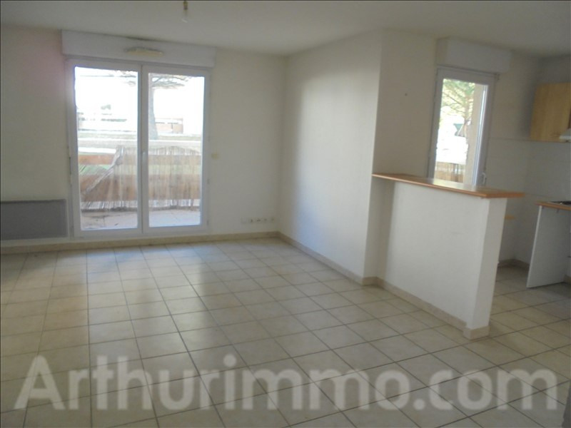 Sale apartment Clermont l herault 106000€ - Picture 2