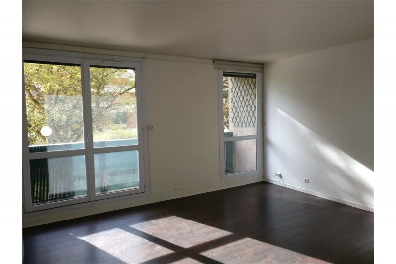 Sale apartment Créteil 230 000€ - Picture 1