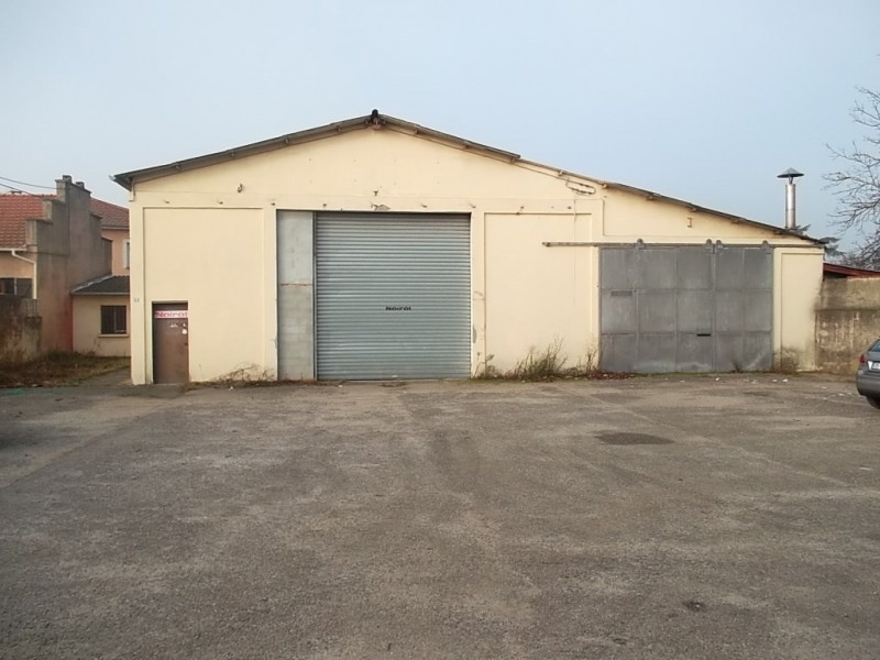 Location local commercial Saint priest 1300€ +CH - Photo 1