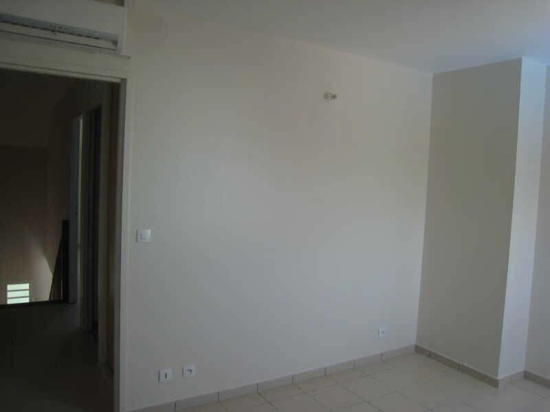 Alquiler  apartamento St francois 690€ CC - Fotografía 9